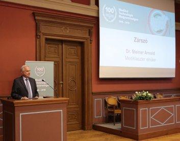 Ünnepi köszöntő - Dr. Steiner Arnold - Magyar Medikai Gyártók és Szolgáltató Klaszter elnöke
