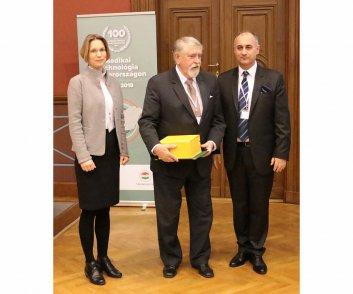 Elismerésben részesülők - Prof. Dr. Kásler Miklós - Országos Onkológiai Intézet főigazgatója