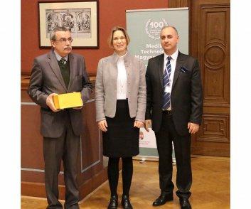 Elismerésben részesülők - Dr. Szekeres György - Histopatológia Kft. ügyvezető igazgatója